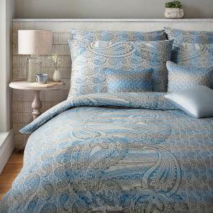 S elegantním moderním vzorem damaškové ložní povlečení Diamant Cashmere modrá, Veba